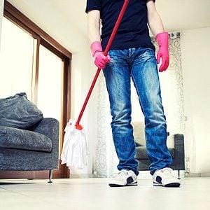 2. DIY Cleaner: Vinegar for Tile and Linoleum
