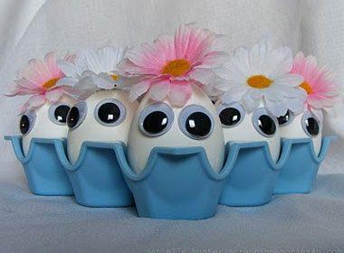 Googly Eye Easter Eggs