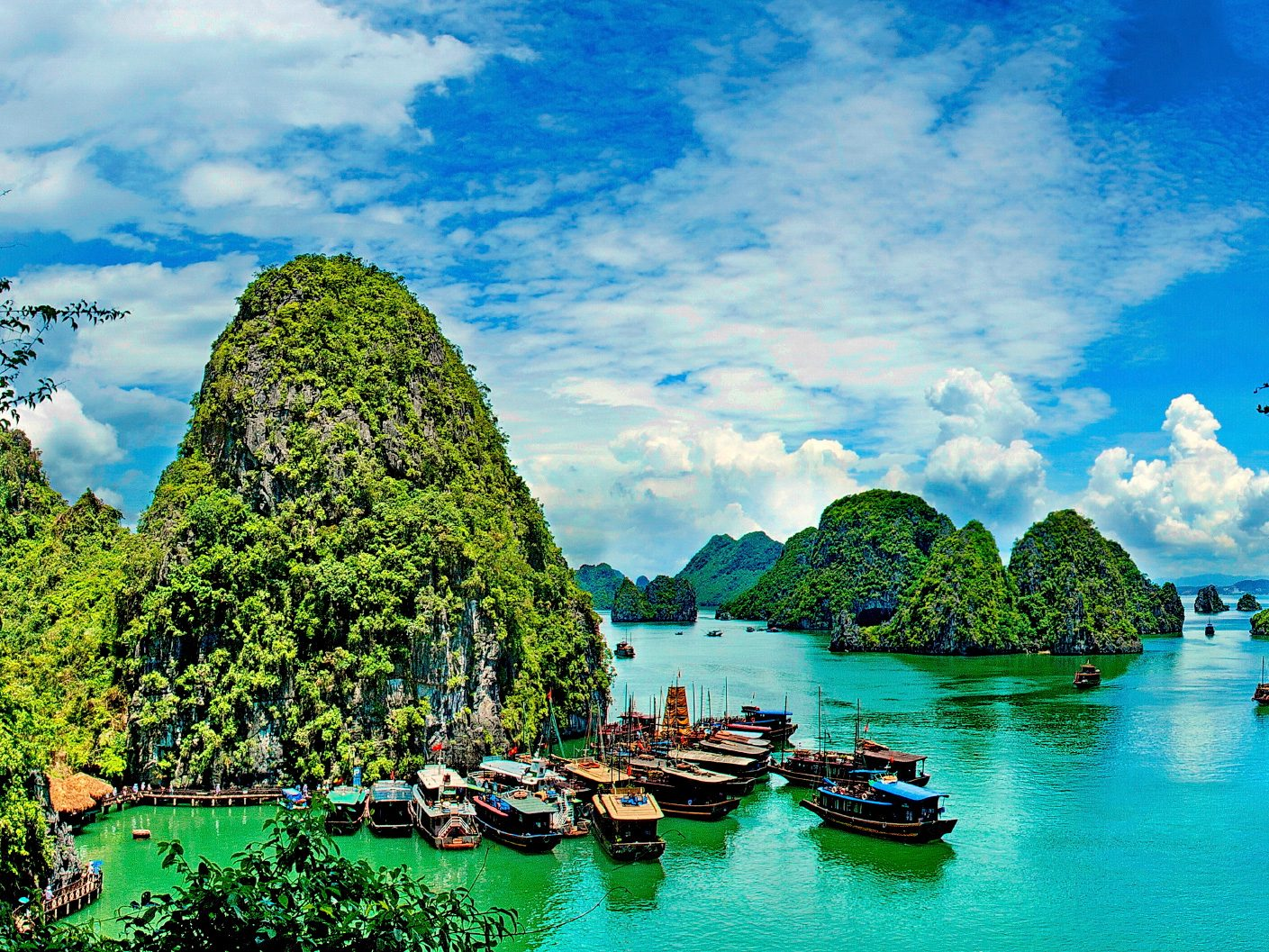 Visit: Hạ Long Bay, Vietnam