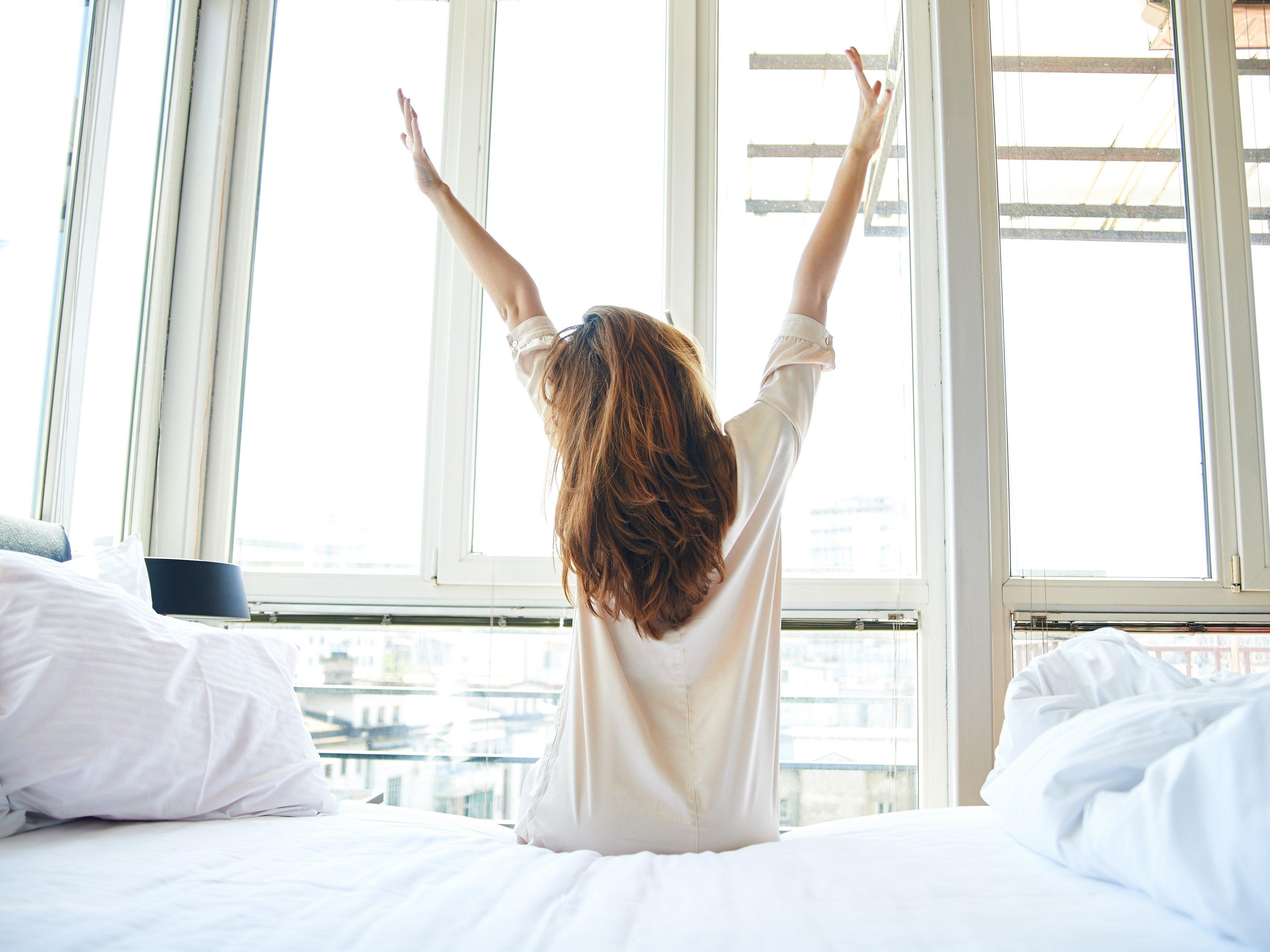 2. Get a better sleep by keeping a regular sleep schedule