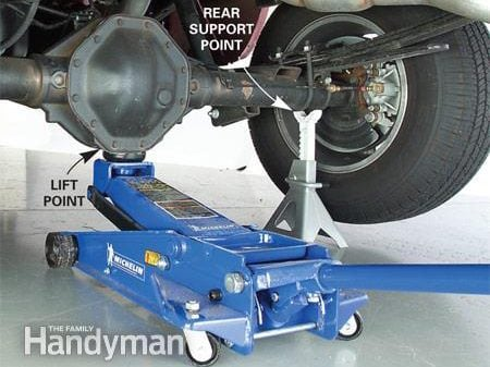 How to Jack and Support a Truck: Step 4