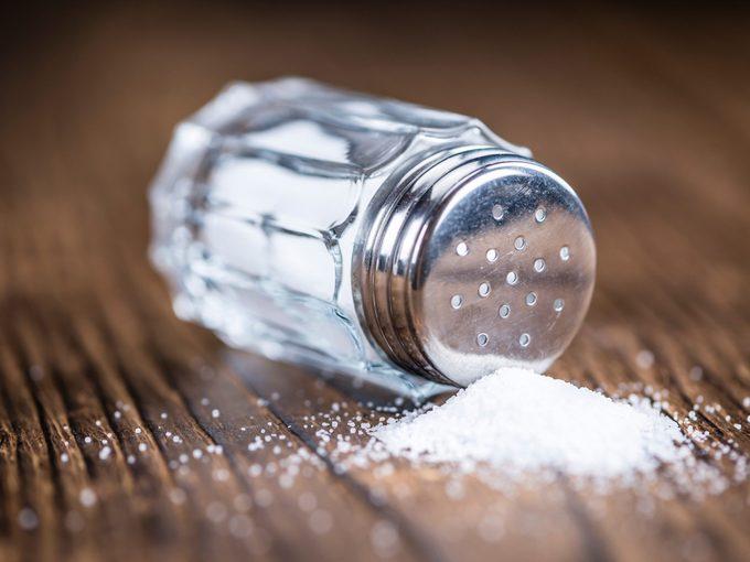 8 Ways to Shake the Salt Habit