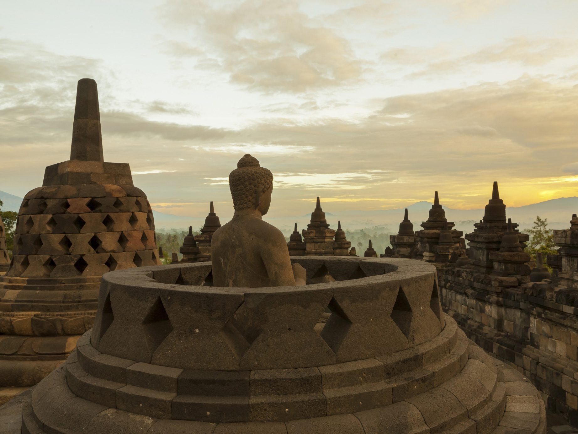 Construction Wonder of Antiquity: Borobudur - Indonesia