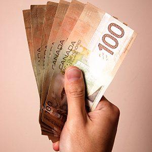 9. Summer Travel Tips: Factor in Exchange Rates