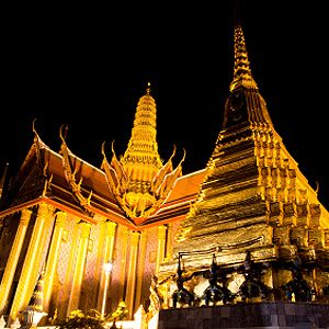 3. Grand Palace and Wat Phra Kaeo