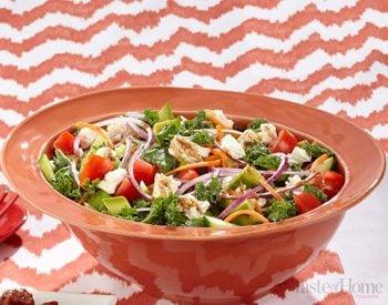 Taste of Home Canada: Kale Salad