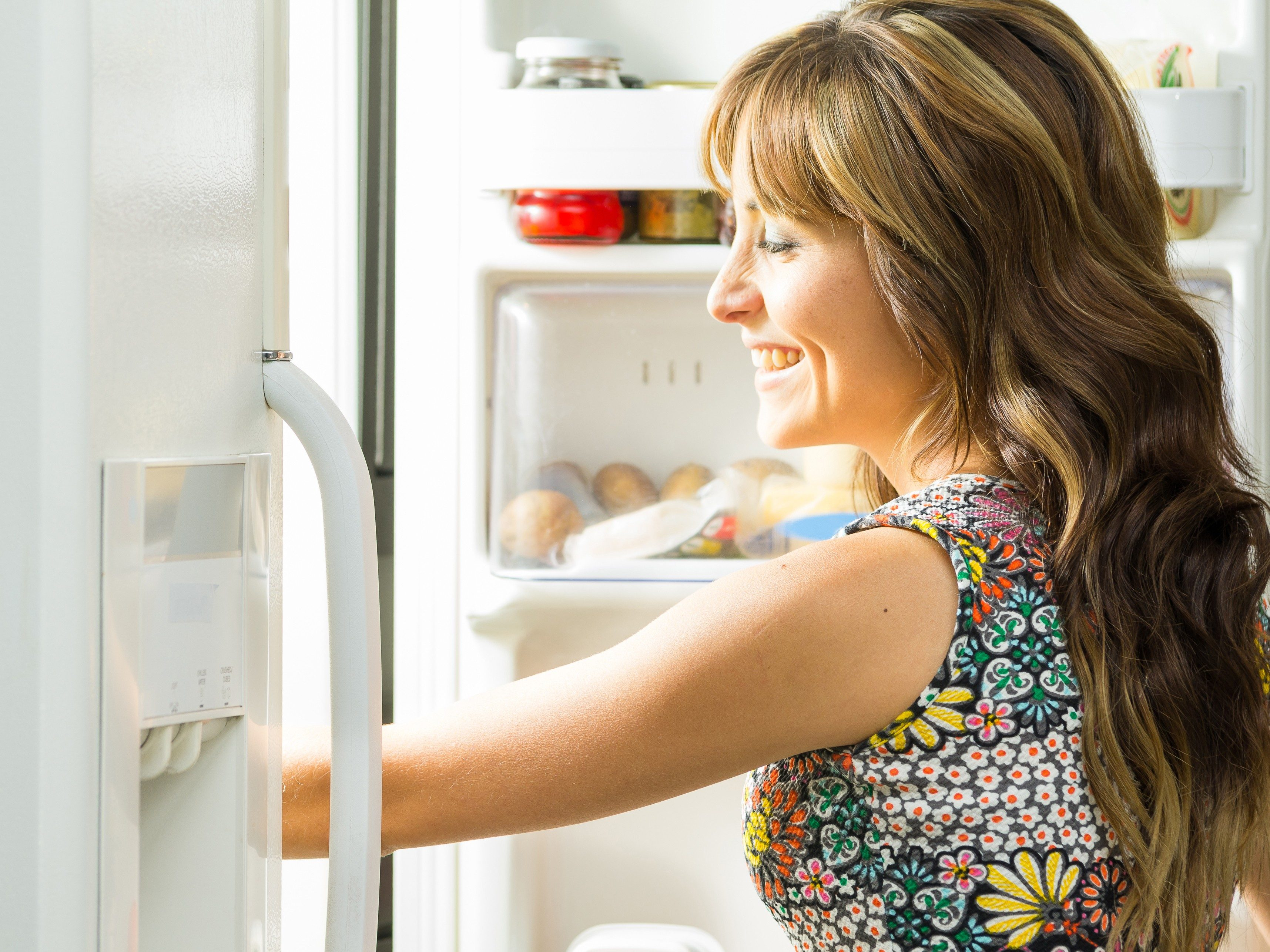 4. It pays to keep your fridge organized.