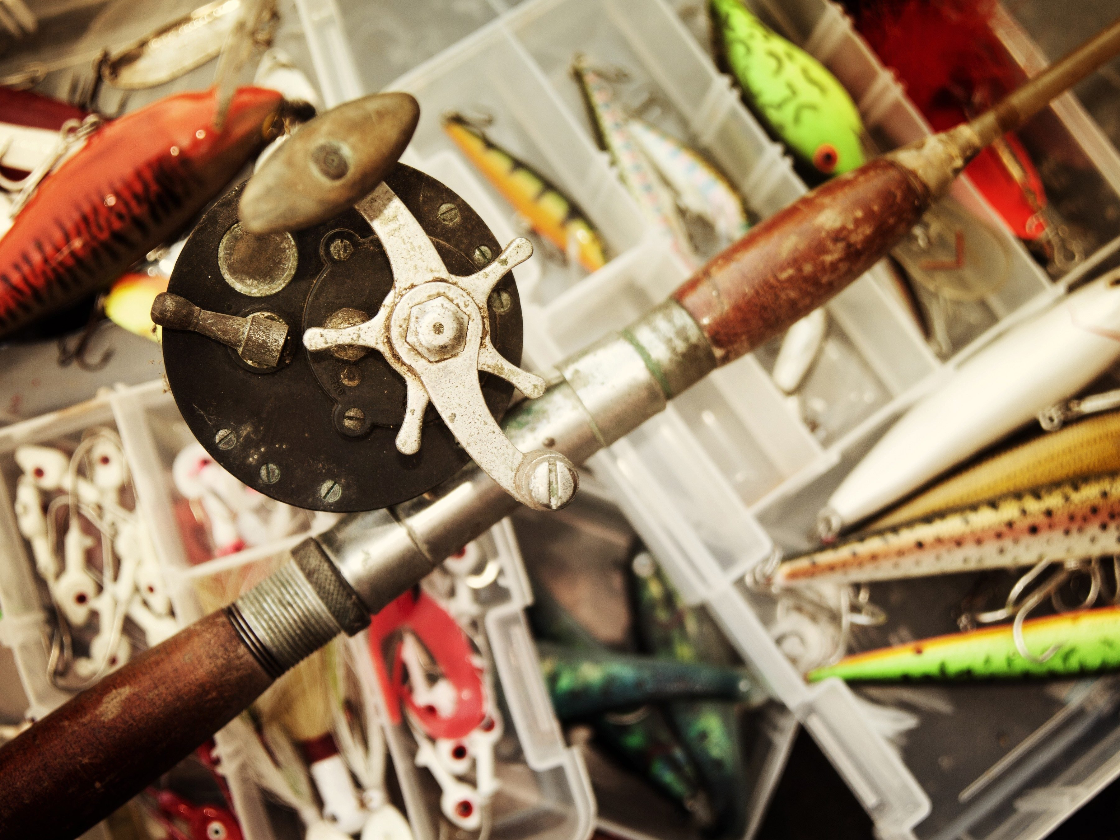 20 garage sale finds you should never pass up for Old fishing rods worth money