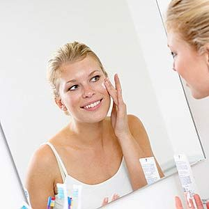 5 Everyday Things That Fix Your Skin