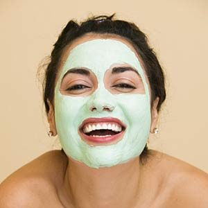 5 Everyday Things That Treat  Acne