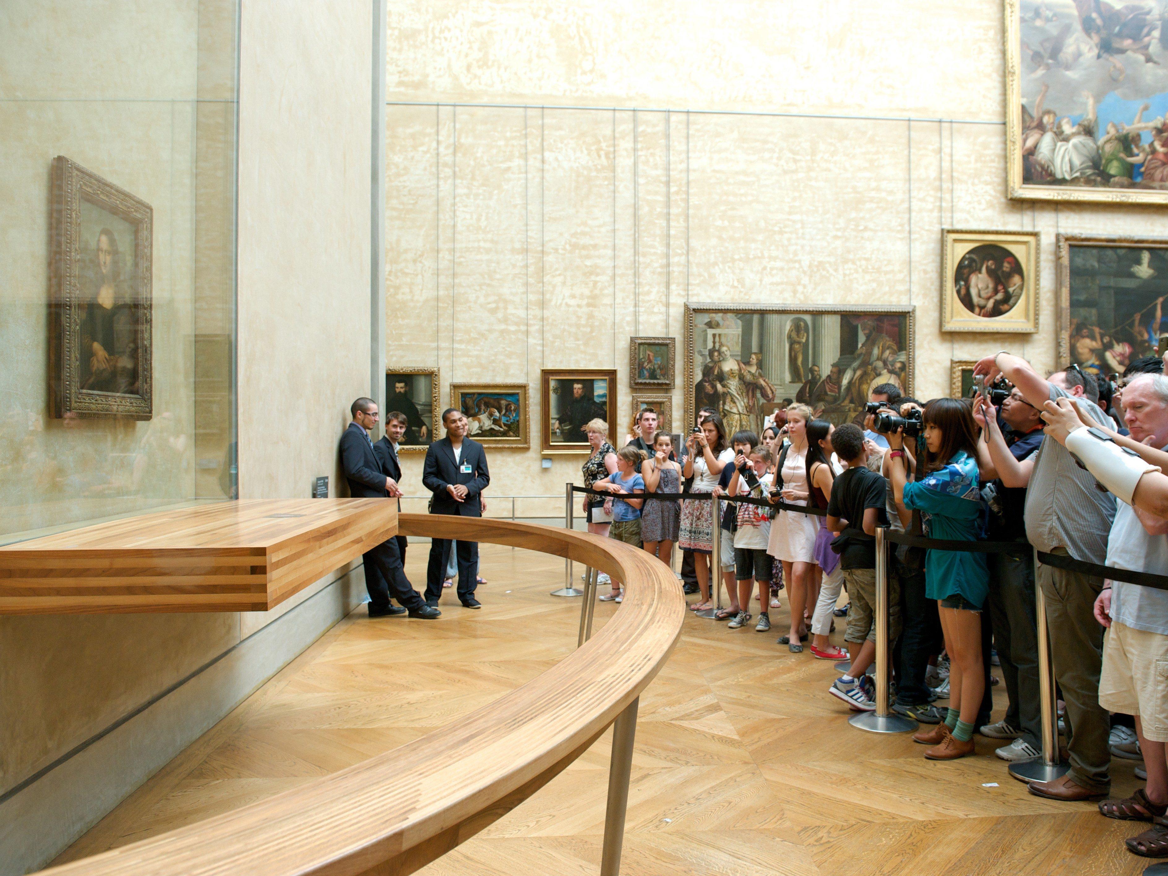Mona Lisa mystery #2: The hidden initials.