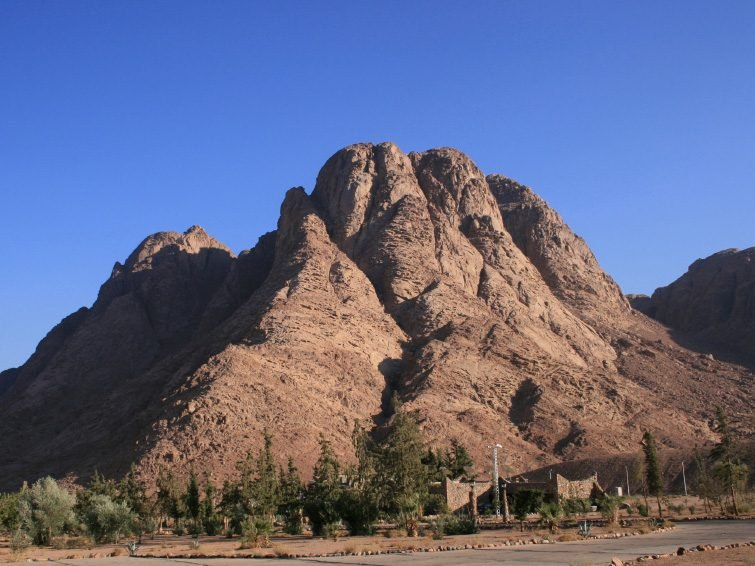 Travel to Mount Sinai