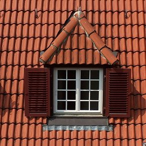 Roofing Options: Old World-Style Tiles