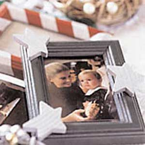 2. Picture Frame Ornament
