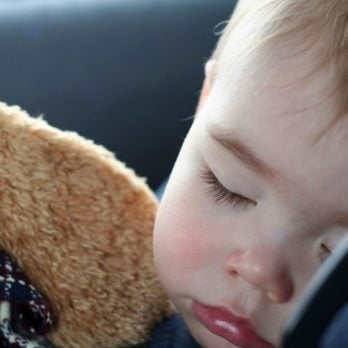 8 Safe Driving Tips for Moms and Dads