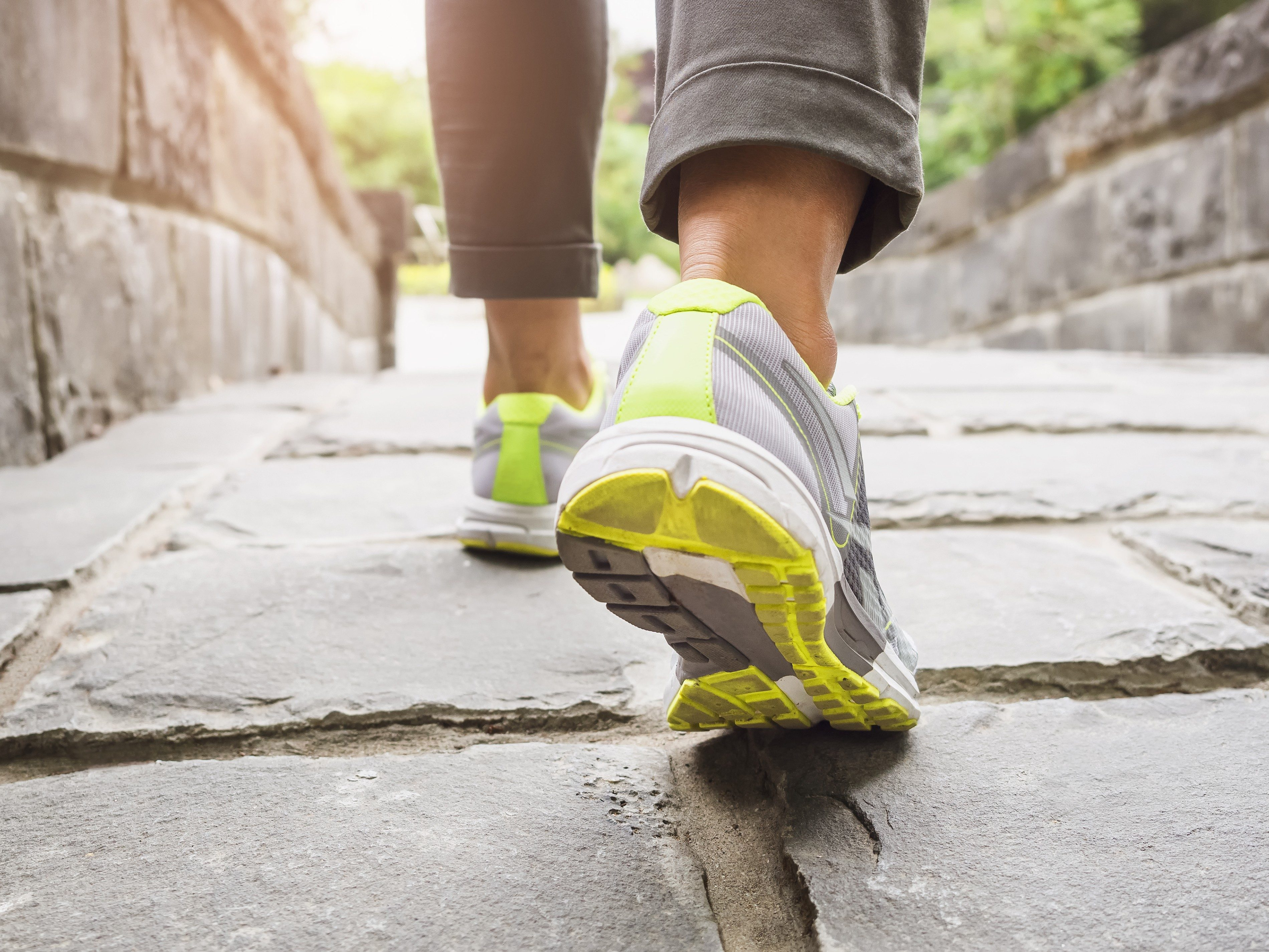 4. Prevent jet lag by going for a walk