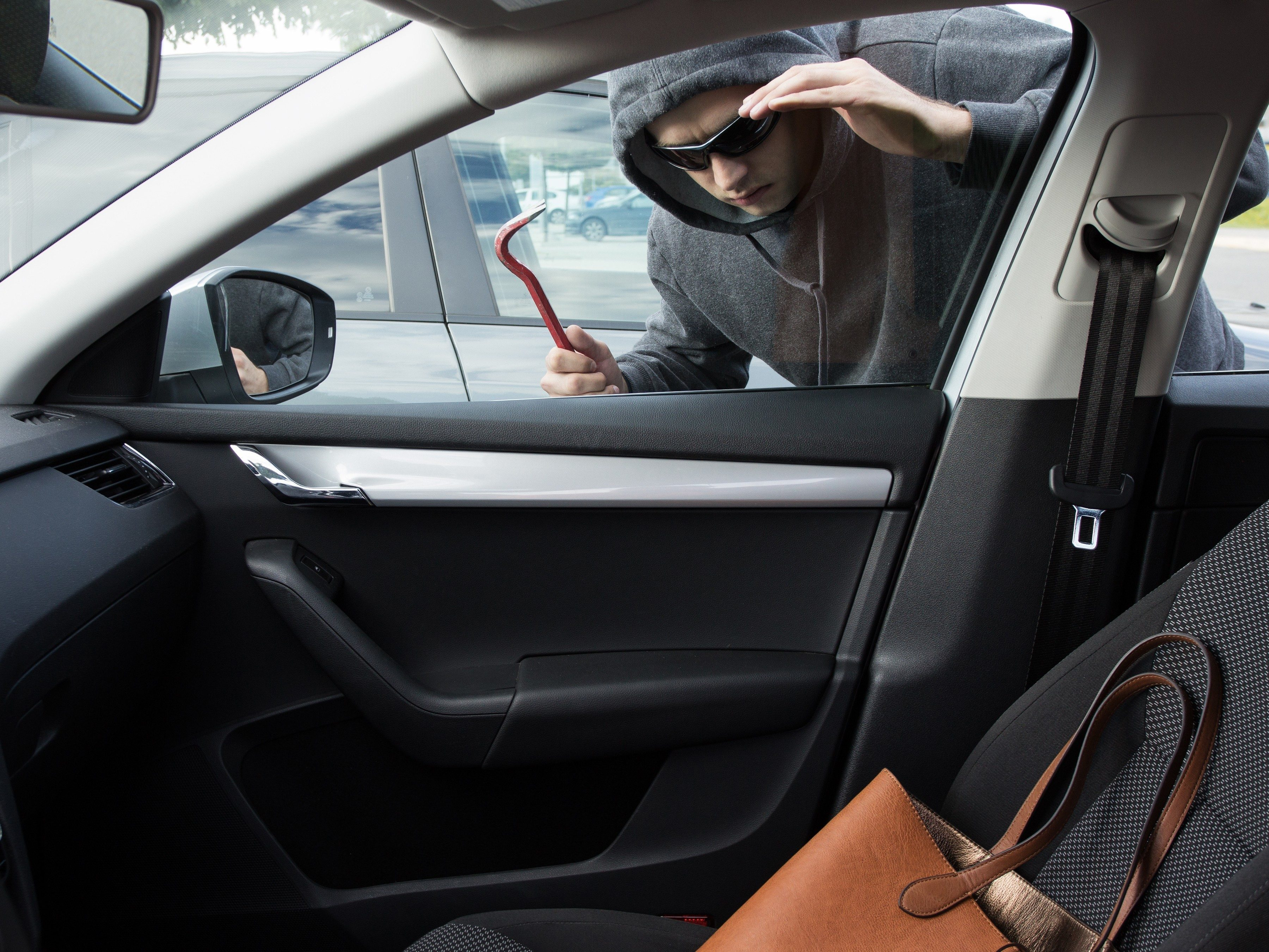 Car security strategy #2:Keep your valuables out of sight