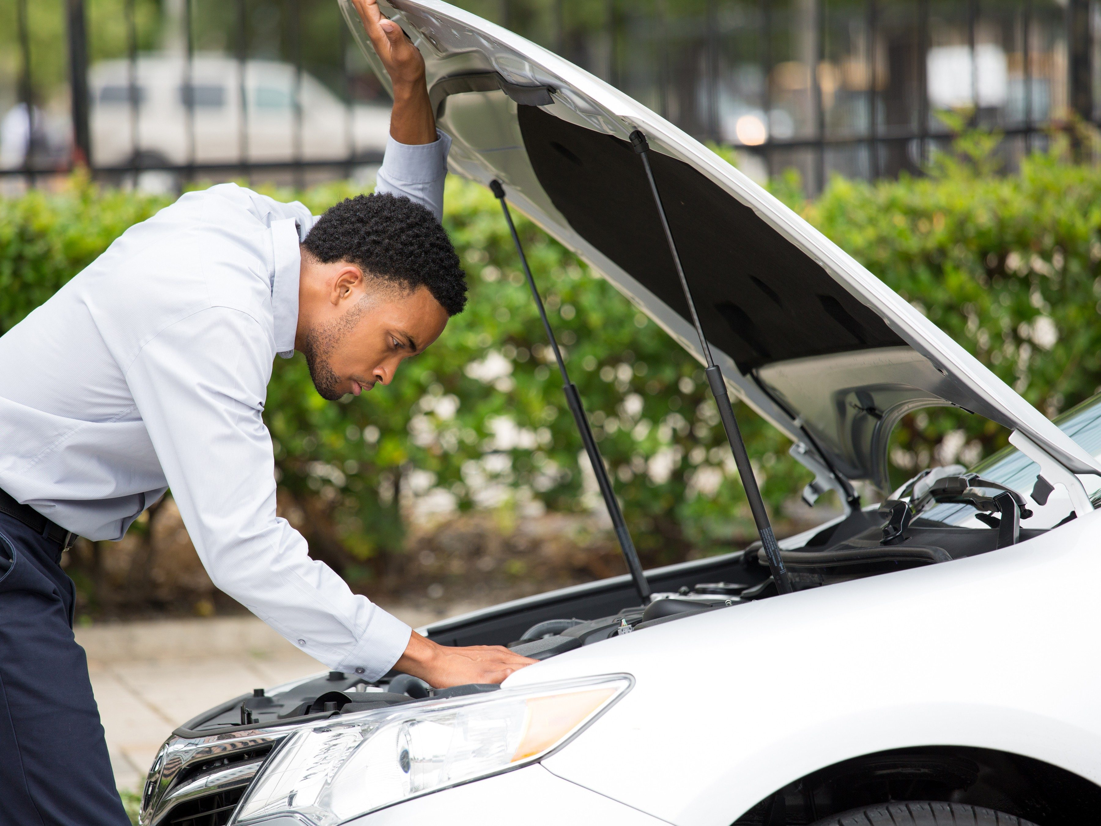 How to Replace the Gas Lifts on Your Car\'s Hood