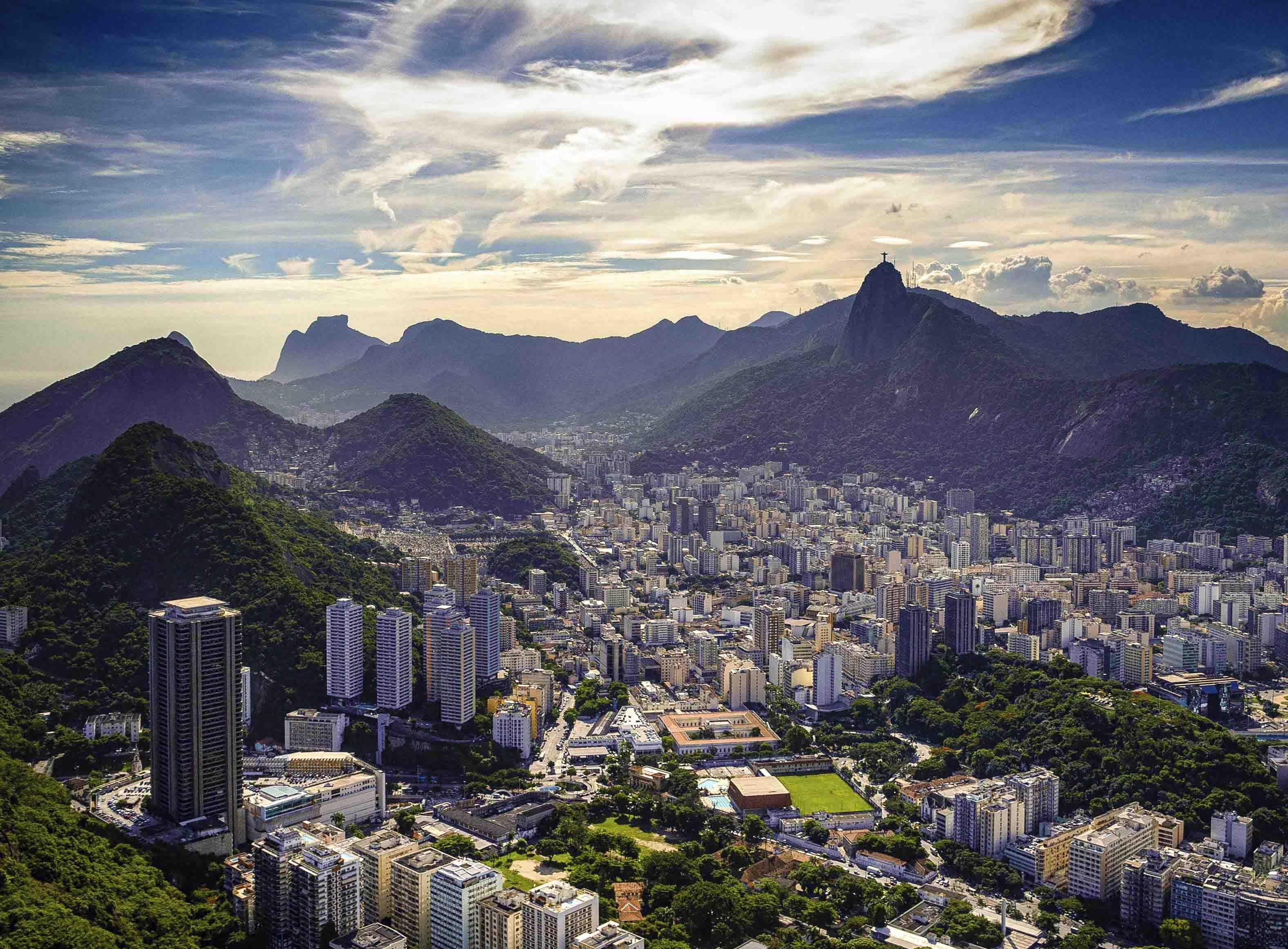 Get Moving at Samba School