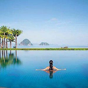 1. Phulay Bay