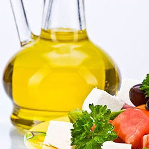 Use an Oil-Based Salad Dressing