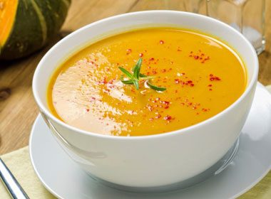 10. Stout and Flavourful Roasted Squash and Garlic Soup Recipe