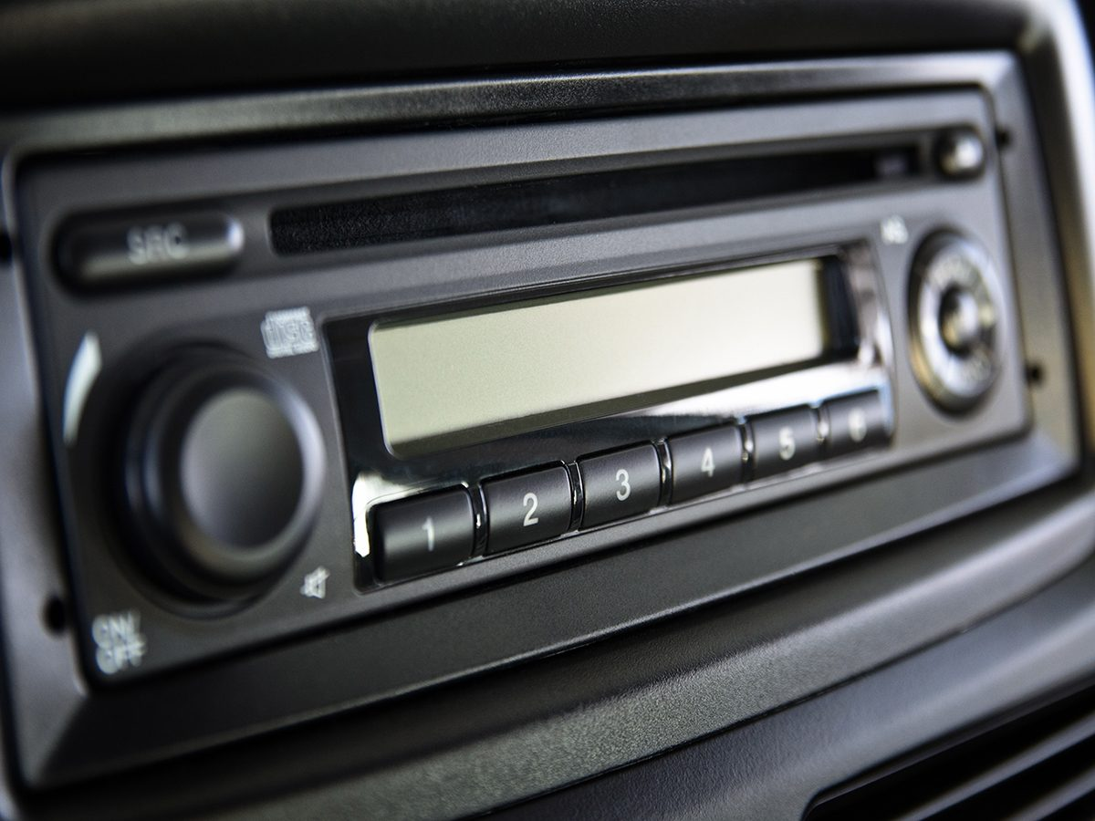 1. Standard DIN Car Stereo Systems
