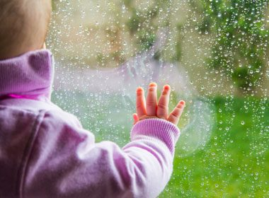 Preparing Your Home for Fall: Put Up Storm Windows