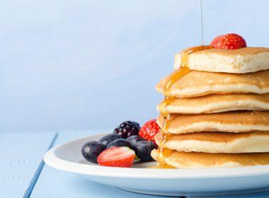 Cinnamon Strawberry Pancakes