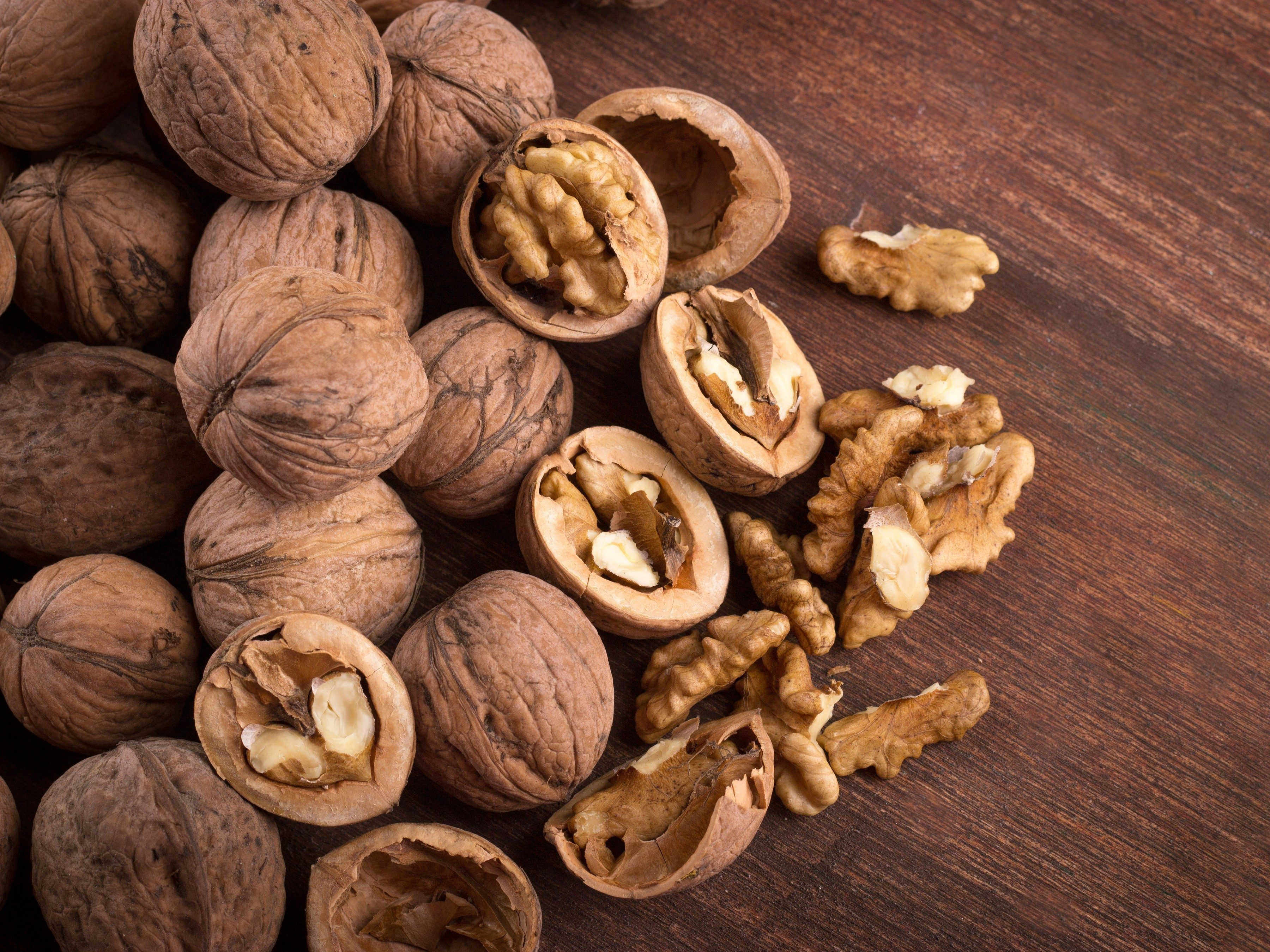 Superfoods for Your Heart: Walnuts