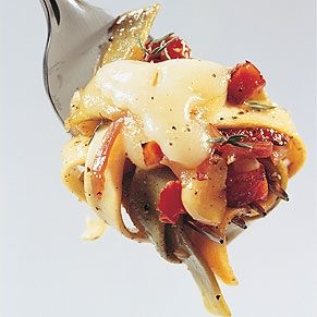Tagliatelle with Ham and Hazelnuts