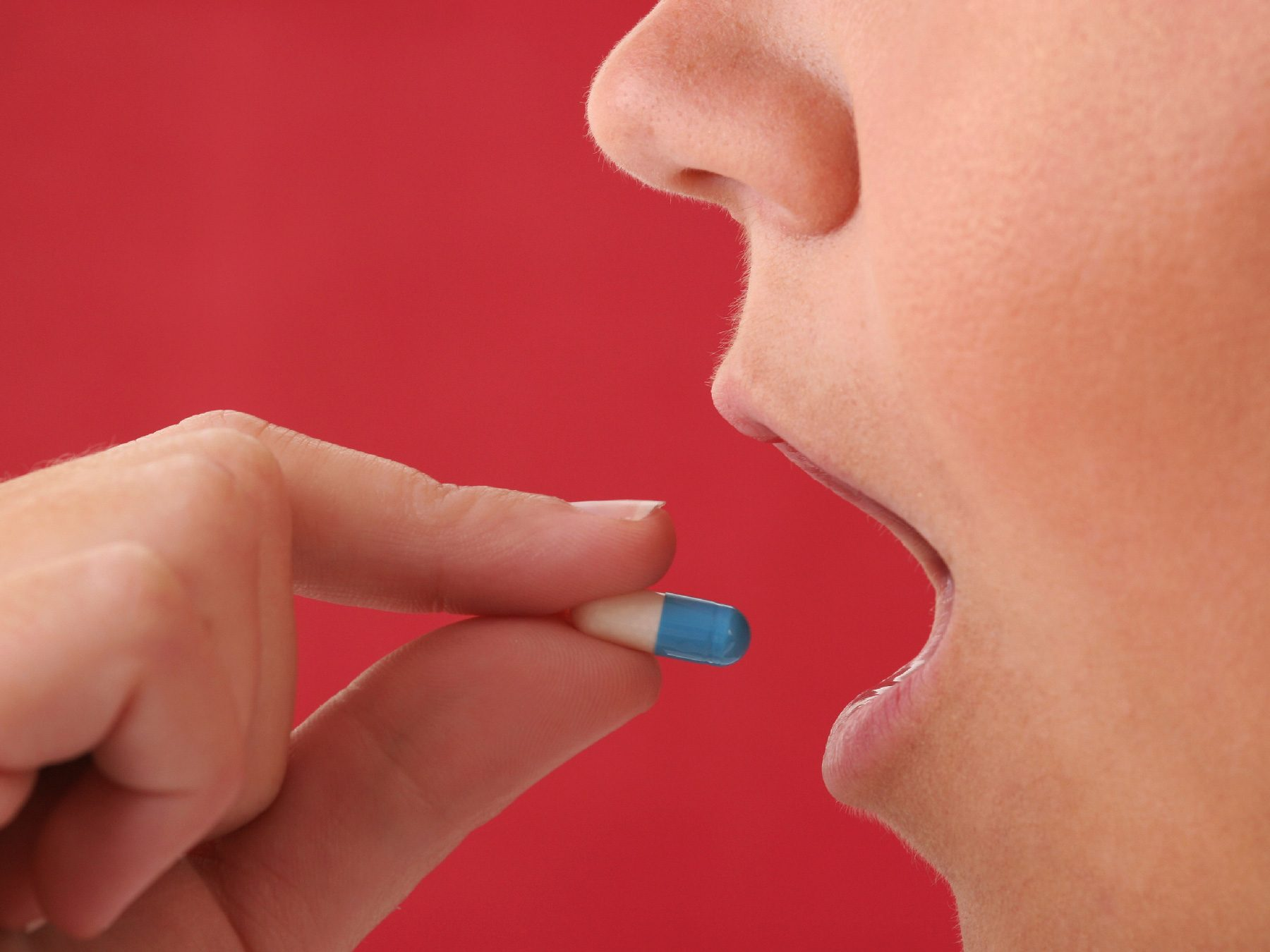 Антибиотики при тонзиллите в домашних условиях