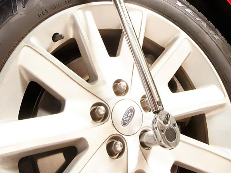 Step 1: Learn the Advantages of Using a Torque Wrench