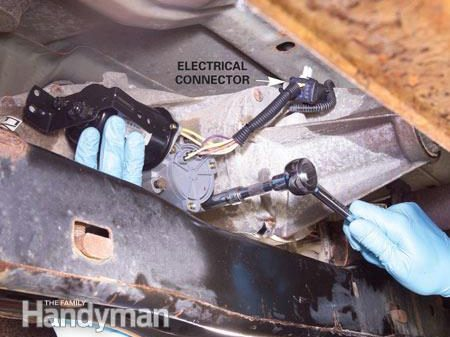Replacing a Transfer Case Shift Motor: Reconnect the Wiring
