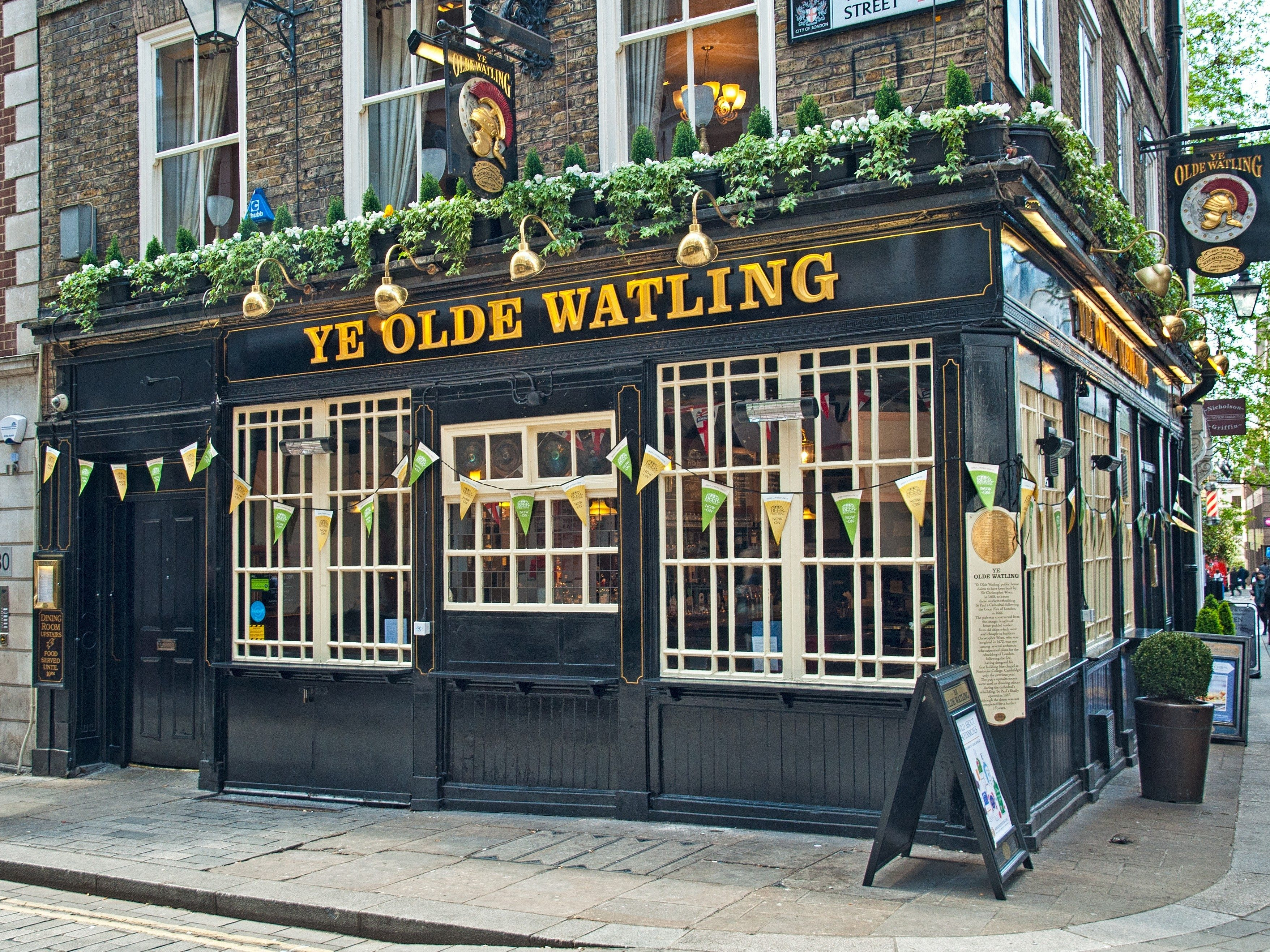 London attractions: Pubs