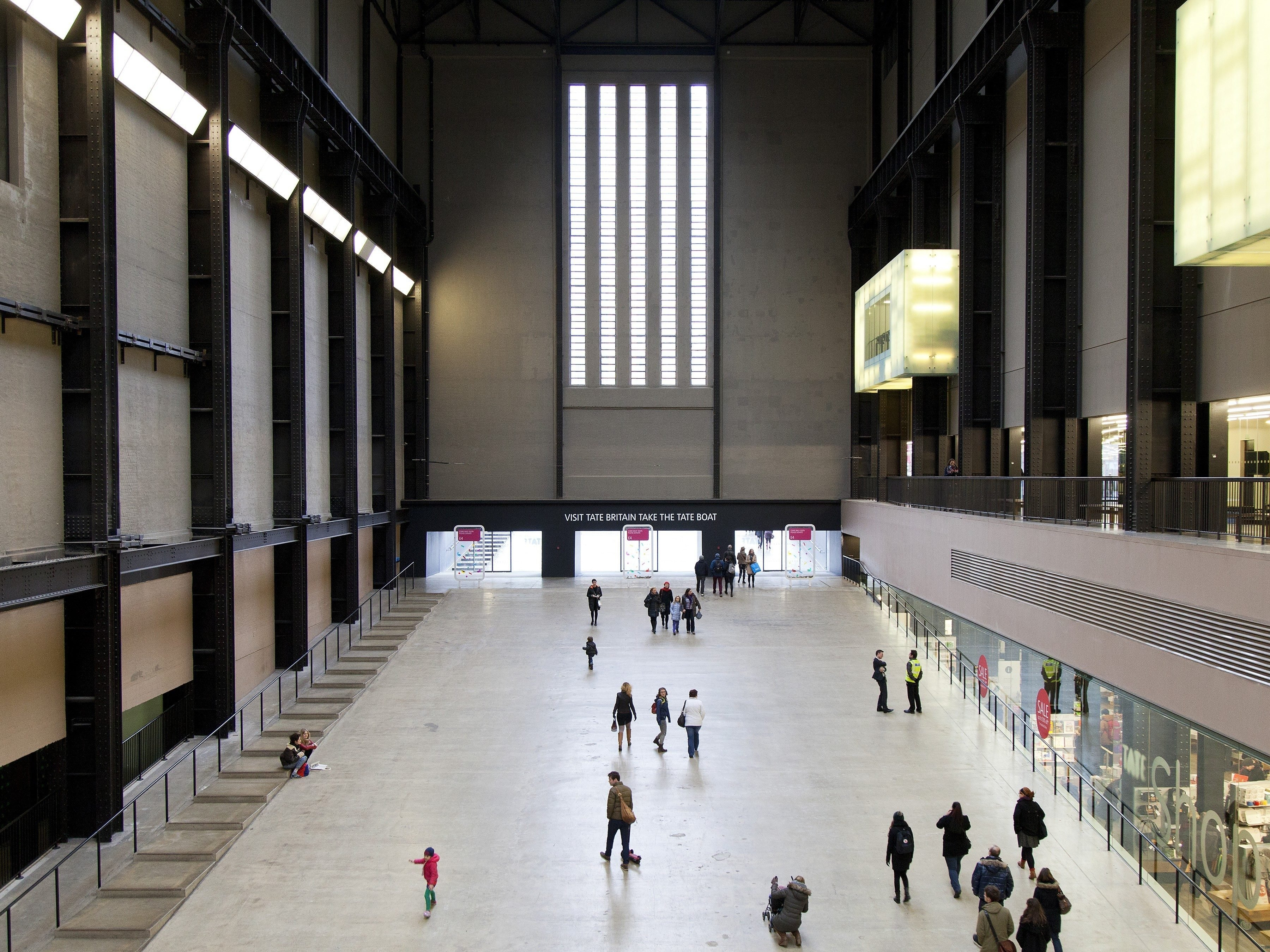 London attractions: Tate Modern and Tate Britain