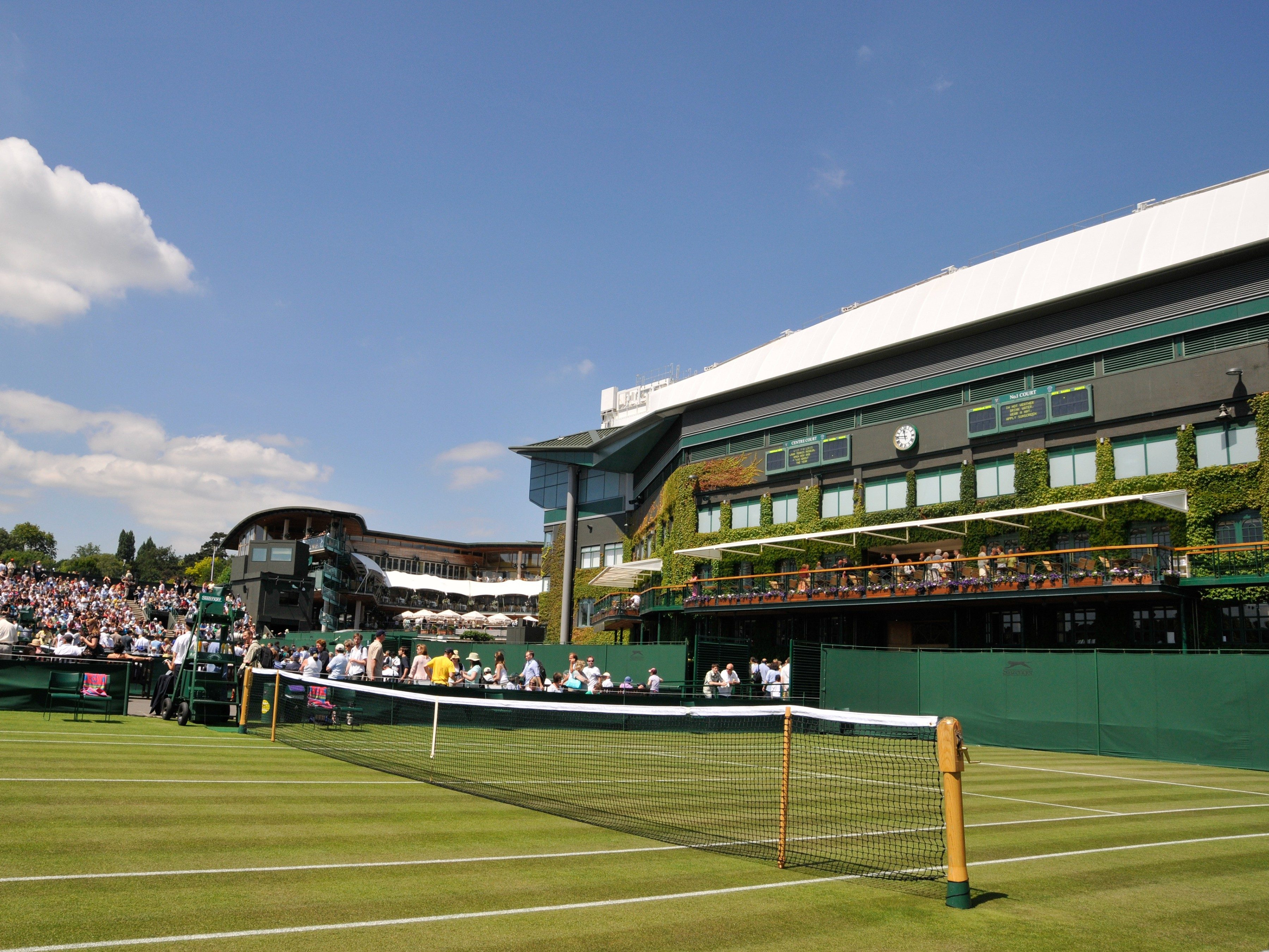 London attractions: Wimbledon Lawn Tennis Museum and Tour