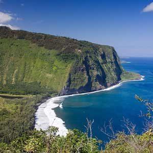 5. Waipi'o Valley Lookout