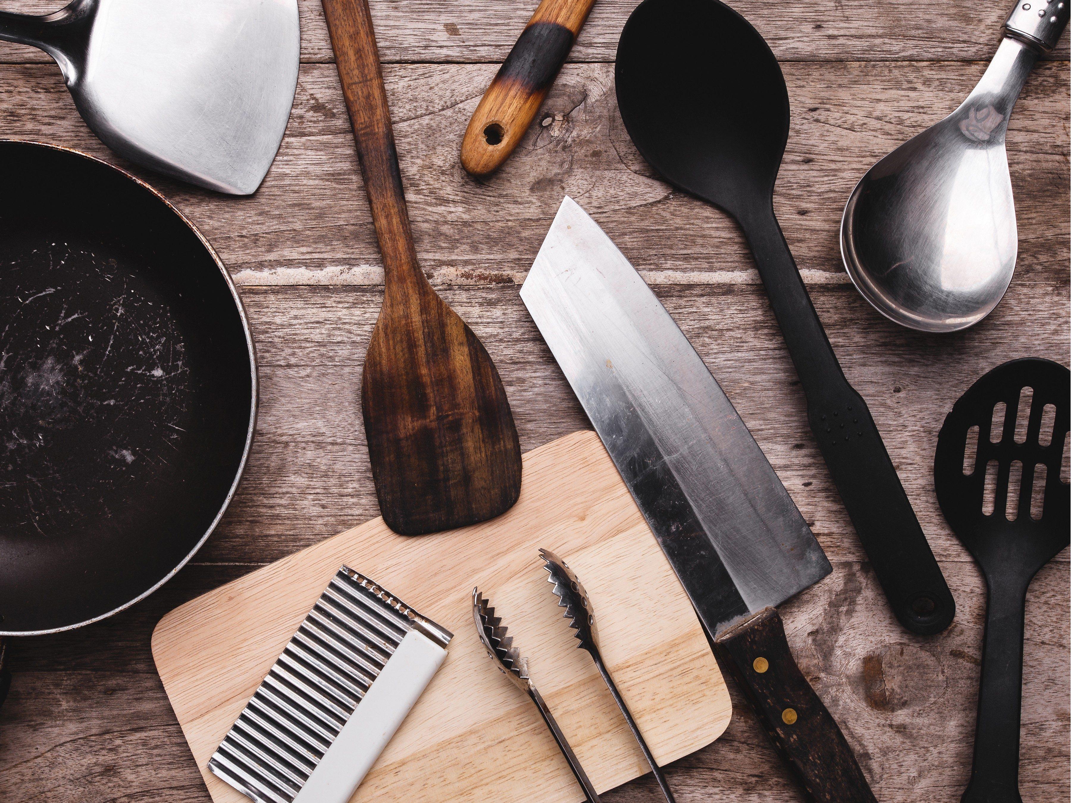 Great Garage Sale Find: Kitchenware