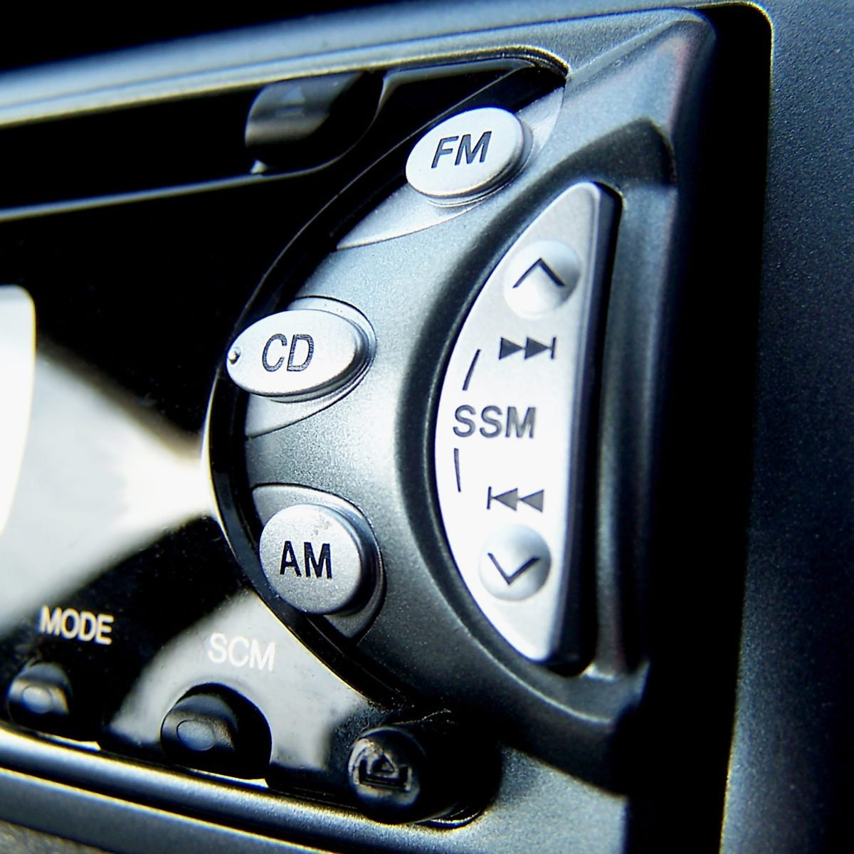5 Options for Upgrading Your Car Stereo