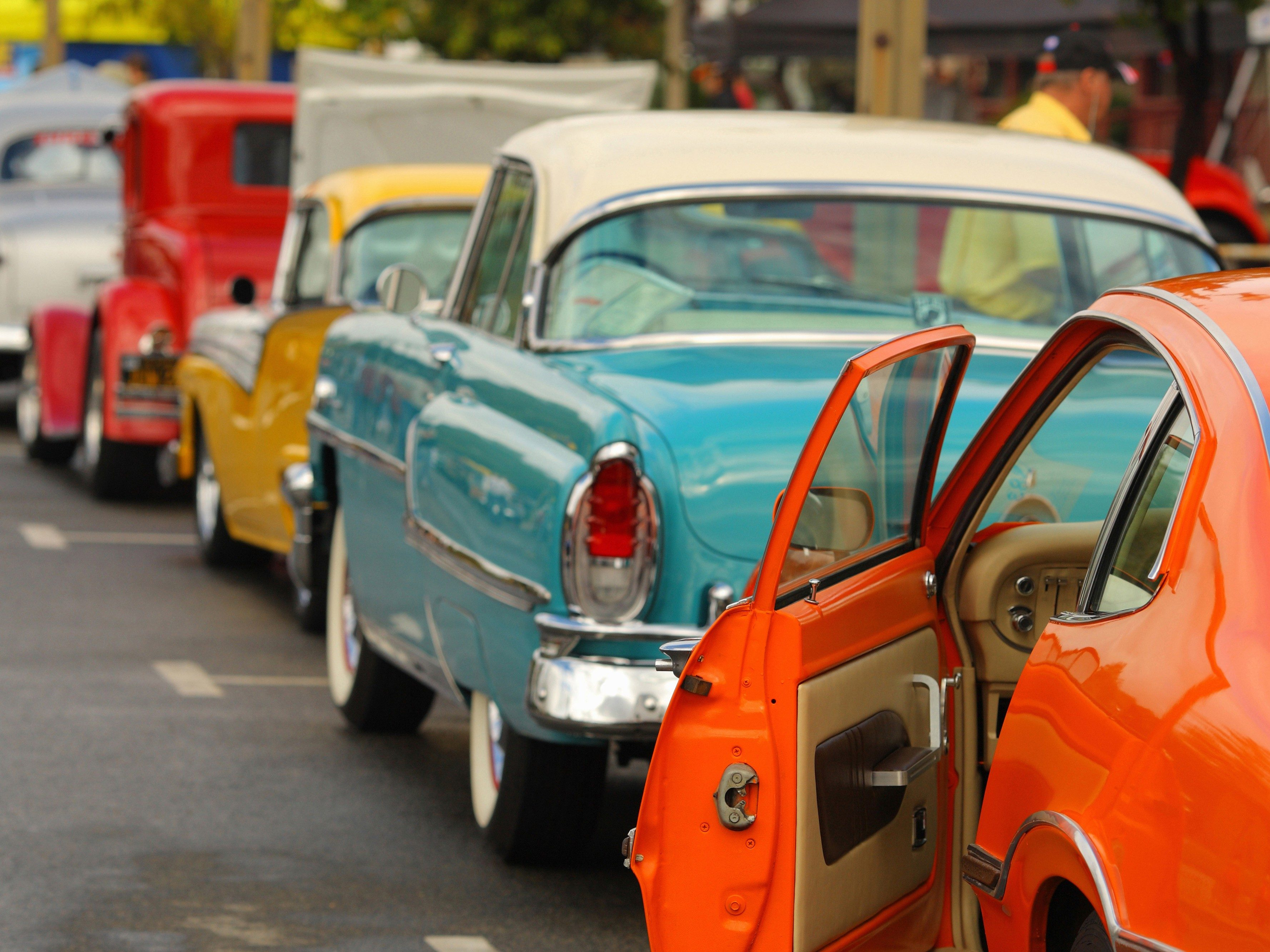 Where to find classic car accessories