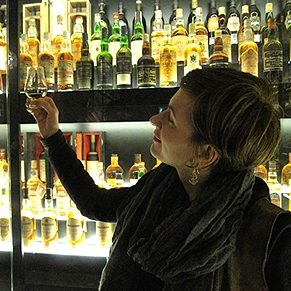 8 Places to Drink Whisky in Scotland