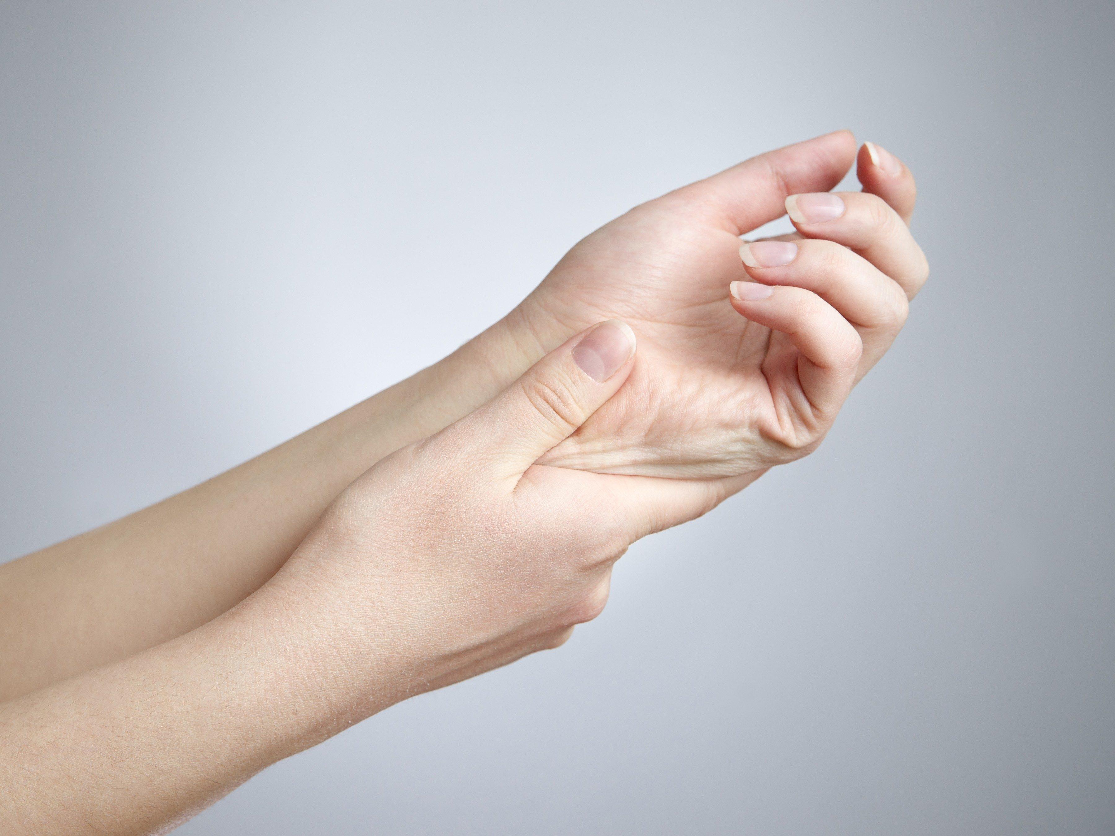 Home remedies for nausea - sore wrist