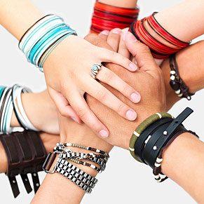4. Create Friendship Bracelets
