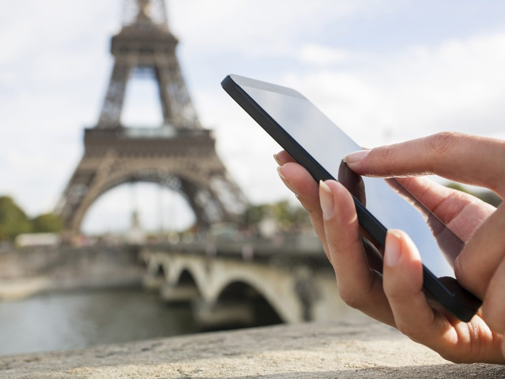 Smartphone in Paris