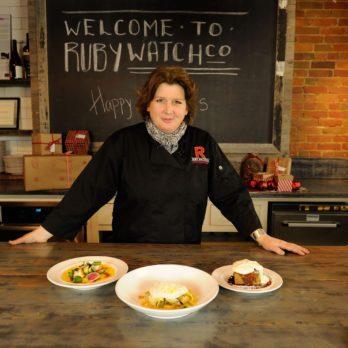 Chef Lynn Crawford's Top 5 Hosting Tips