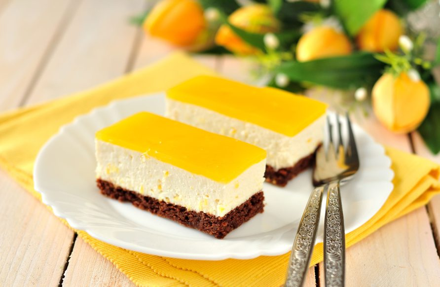 Lemon cheesecake bars are one of the best summer dessert recipes