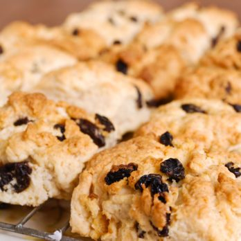 Lynn Crawford's Farmer's Market Fruit Scones