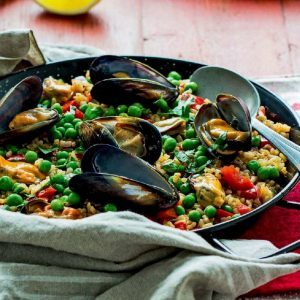 Brown Rice Paella with Mussels and Bell Peppers