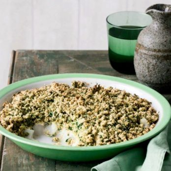 Fish Fillets with Oat Crumble Topping